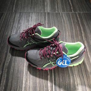 NWT ASICS Green, Pink & Gray Gel Cushioning Shoes